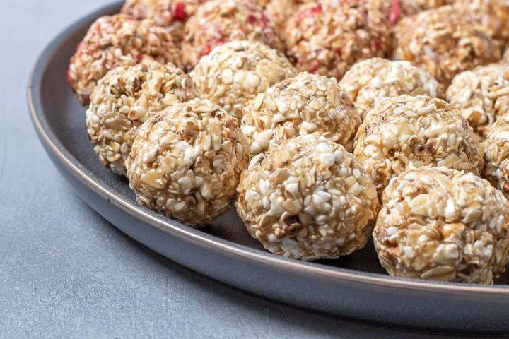 close up of popped sorghum balls