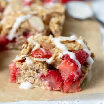 side view of Strawberry Banana Oat Bar
