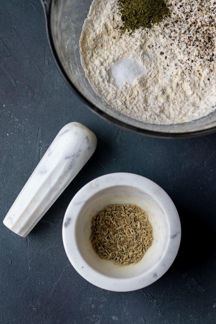 crushed fennel seed for pizza dough