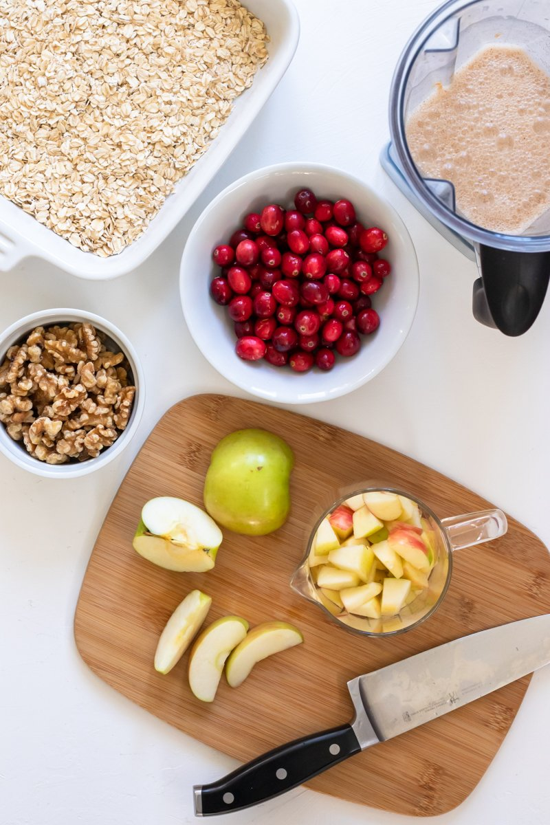 ingredients needed for vegan apple baked oatmeal