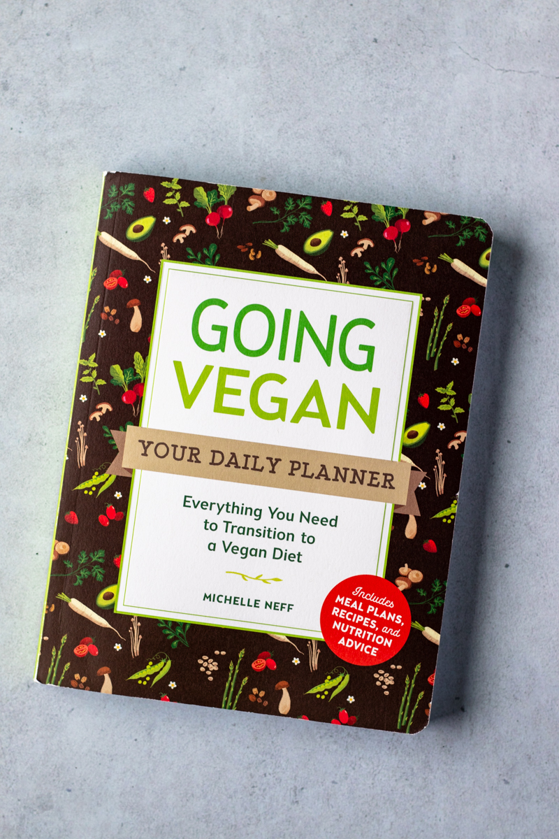 cover of the book Going Vegan: Your Daily Planner