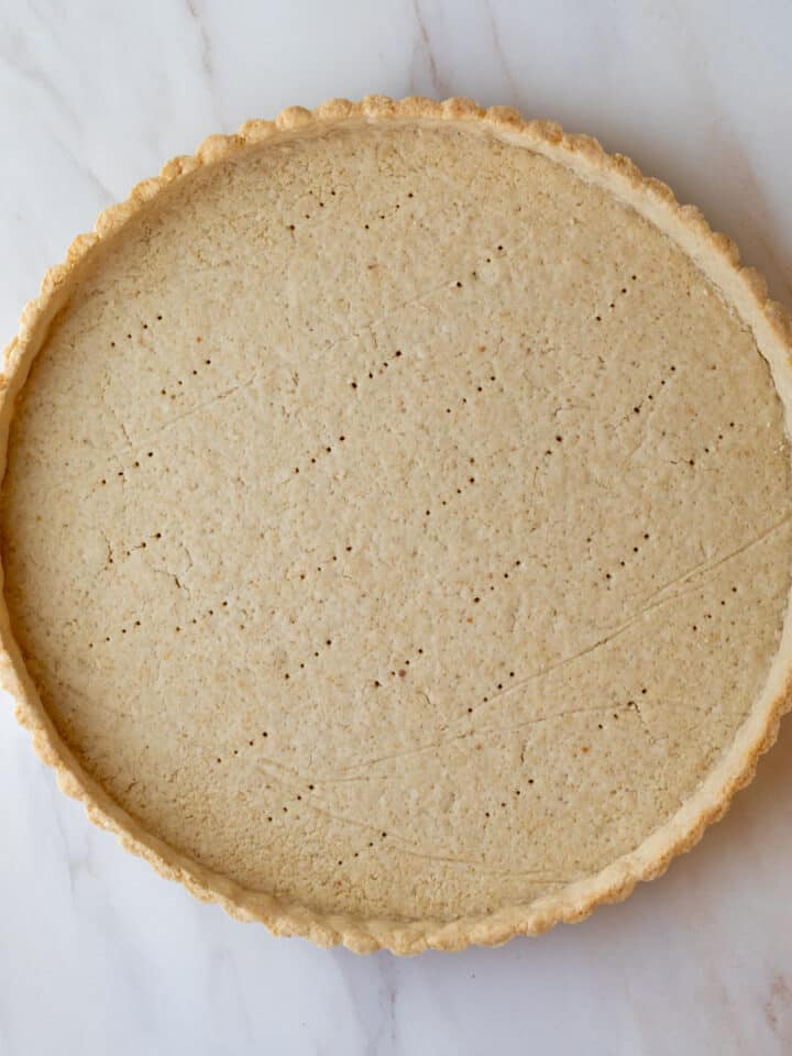 baked unfilled tart crust